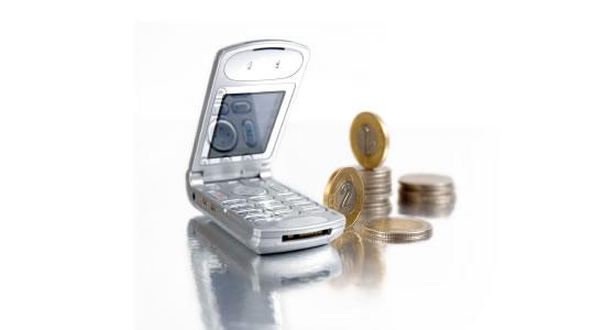 DIAN pidió información exógena especial a operadores de telefonía celular y a la Registraduría