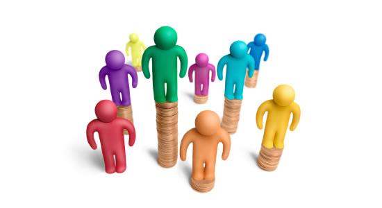 ¿Cuándo se presenta una enajenación de bienes entre sociedad y socios?