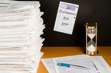 Personas naturales en el régimen simplificado del IVA que deben presentar declaración de renta 2011