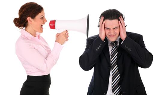 Derechos del empleado frente a renuncia por acoso laboral